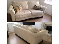 Gorgeous cream leather suite italian designer Natuzzi 3seater &armchair mint condition must be sold