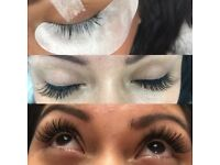 £40 *INDIVIDUAL EYELASH EXTENSIONS* £40 FULL SET!!