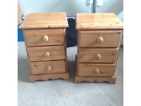 Pine Double bed & 2 x bed side tables (solid pine) v good condition...£100 Ono..