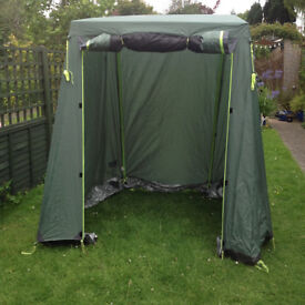 Utility Tent, good condition