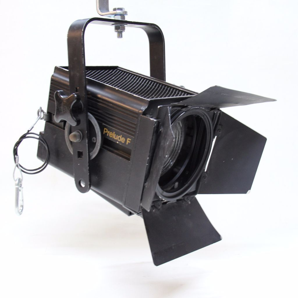 strand prelude 650w fresnel use with zero 88 dimmer stage theatre lighting  sc 1 st  Gumtree & strand prelude 650w fresnel use with zero 88 dimmer stage theatre ...