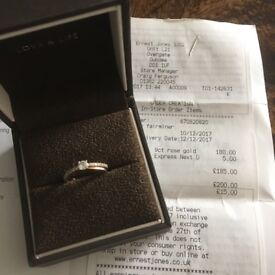 Beautiful 9ct rose gold promise ring