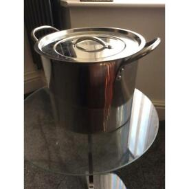 Stainless steal pot large