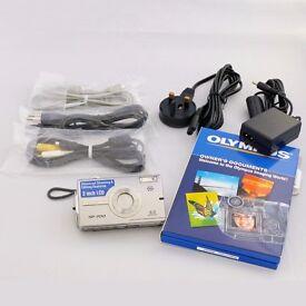 Olympus SP Series SP-700 6.0MP Digital Camera - Silver
