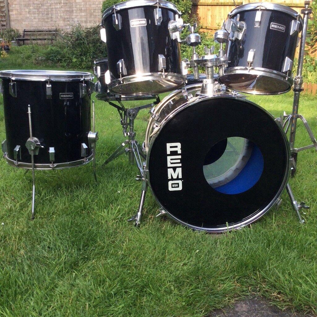 Remo USA drum kit 5 piece rock snare drum