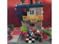 Imaginext Sky ship with planes and avengers Playskool heroes shield helipad
