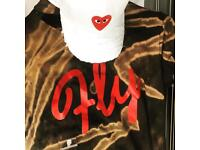 Women's hat women ripped T-shirt