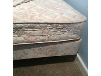 Single bed with mattress only 25£