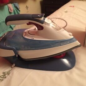 Cordless iron excellent condition