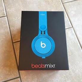 Brand New Dre Beats Mixr Headphones in Blue