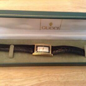 Gents Gucci 2600m Quartz watch a rare model.