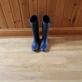 Ladies garden boots size 7