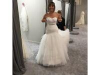 Viva bride wedding dress