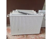 4small radiators, 3 with thermostatic valves. Largest one 1000 cm smallest 250 cm.