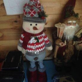 Free standing tall snowman
