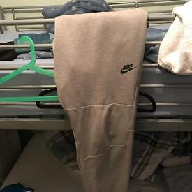 Nike aw77 fleece pants grey