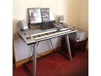 Electric Yamaha digital TYROS Keyboard on lovely stand