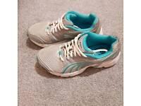 Puma shoes size 4