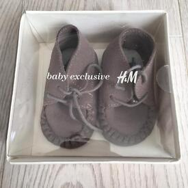 Brand new H&M grey lace baby moccasins