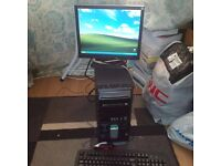COMPAQ COMPUTER With Monitor