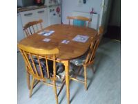 Traditional Kitchen Table And Six Chairs