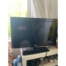 LG TV 32'