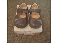 Clarks size 4.5G first shoes