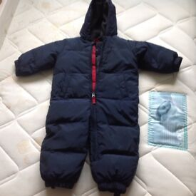 Gap snowsuit for 5