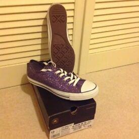 Converse ladies trainer size 8 - not worn/new