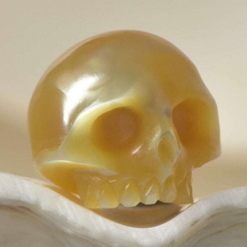 Hand-Carved South Sea Pearl Human Skull Bead Golden drilled Indonesia 1.74 g