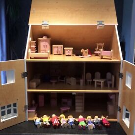 Girls Dolls house, inc furniture and dolls