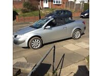 nice low milage very clean convertable mot till jan 2018 only 2 owners only 49000 on clock ew