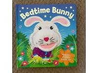 Bedtime Bunny puppet book