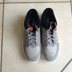 K Swiss tennis shoes size 9 1/2