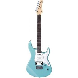 Yamaha 112V electric guitar in Sonic Blue finish. MINT CONDITIONS (as NEW)