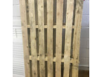 2 x wood palets 180x100 good condition