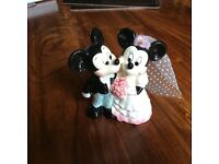 Mickey and mini mouse wedding cake topper
