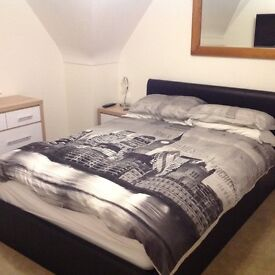 Double furnished room to rent in quiet 3 bed house Northbourne