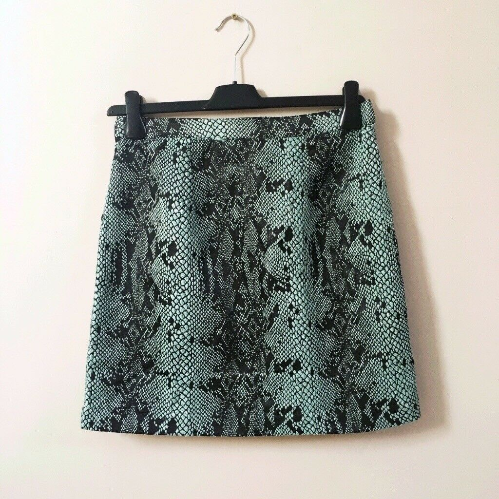 River Island green and black skirt size 10