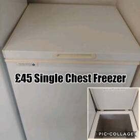 Single chest freezer