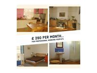 Double bedroom. House with all facilities, bills included -Armley