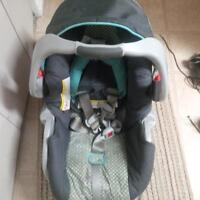 Graco travel system for sale. (Good condition)