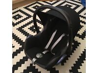 Maxi Cosi Car Seat with head and body support
