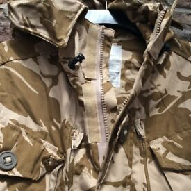 New smock combat windproof desert jacket. size 180/96. never been worn. £14