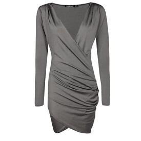✨Brand new size 6 Boohoo drape front bodycon dress!