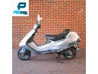 Piaggio hexagon 125cc moped scooter vespa honda yamaha gilera peugeot