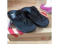 Sandals - Fitflops Black and a size 3