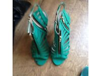 ladies green shoes size 5