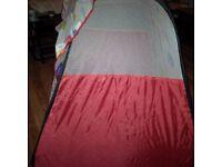 Spotty pop up tent