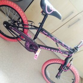 "Hello Kitty 18"" BMX style bike, For 8/11 year old."